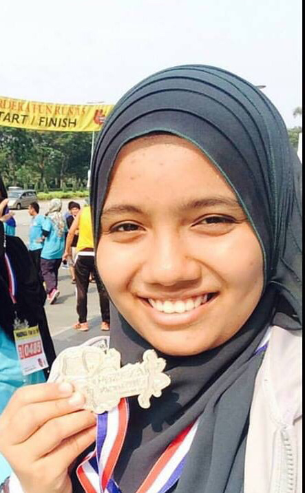 Noor Alina Binti Omar, Foundation in Science student