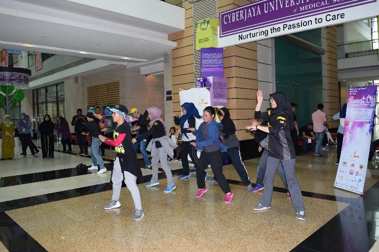 An exclusive feature of Zumba 'Sweat Off: Depression & Anxiety challenge which was brought by Cyberjaya University College's official partner, MyPerintis